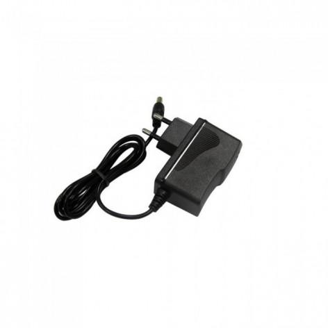Alimentatore 18W Plug&Play IP44 Con Jack 2.1