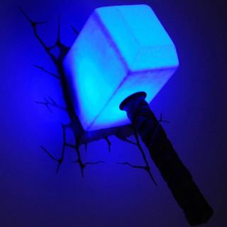 Lampada LED 3D Marvel Avengers Martello di Thor luce