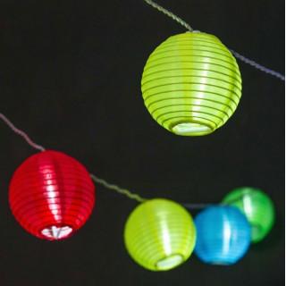 Catena 16 Lanterne Colorate con LED Bianco Freddo per interno/esterno - Prolungabile